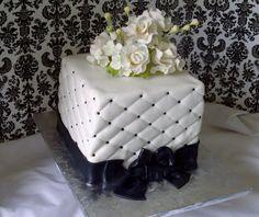 Small Wedding Cakes Designs