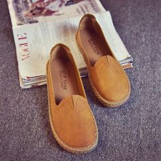 V-Shaped Pure Color Simple Slip On Flat Shoes For Women
