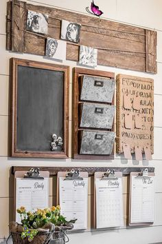 A DIY Home Command Center with a touch of farmhouse charm How to design a rustic farmhouse style command center for your small home office or entryway. Create a drop zone to keep your home organized.<br> How to design a rustic farmhouse style home command center for your small office or entryway. Create a drop zone to keep your home organized and use the free printable agenda pages to stay on top of your schedule. Farmhouse Desk, Country Farmhouse Decor, Farmhouse Style, Modern Farmhouse, Rustic Style, Farmhouse Interior, Farmhouse Kitchen Decor, French Farmhouse, Vintage Farmhouse