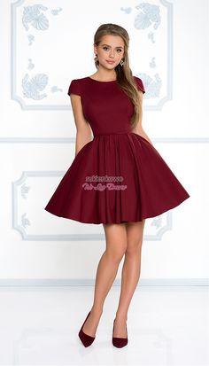 456c584437 Sukienkowo.com - NATALIA - Rozkloszowana klasyczna sukienka z rękawkiem  bordowa