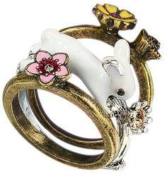 Cute rabbit ring I found on Avon.com