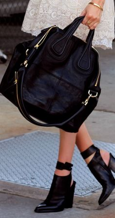 Style - essential details - Givenchy bag