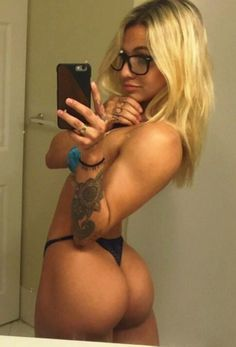 Nude Hot Girls With Glasses