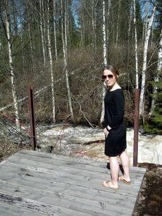 Mistä vaatteita lyhyelle? / 147 cm elämää http://www.stoori.fi/147cm-elamaa/mista-vaatteita-lyhyelle/