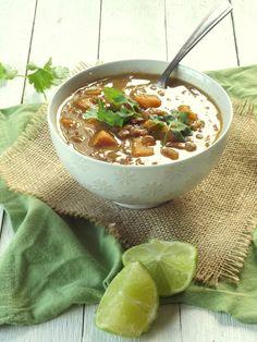 Slow Cooker Curried Lentil Sweet Potato Soup via Connoisseurus Veg Slow Cooker Curry, Vegan Slow Cooker, Slow Cooker Recipes, Cooking Recipes, Slow Cooking, Healthy Cooking, Healthy Eats, Vegan Soups, Vegan Dishes