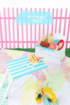 Enjoy the outdoors with this DIY Wooden Crate Picnic Basket that is easy to create with paint and simple tools. Great for enjoying the end of summer. Diy Wooden Crate, Wooden Crates, Diy Craft Projects, Diy And Crafts, Outdoor Fun For Kids, Summer Crafts, Summer Fun, Diy Art, Diy Gifts