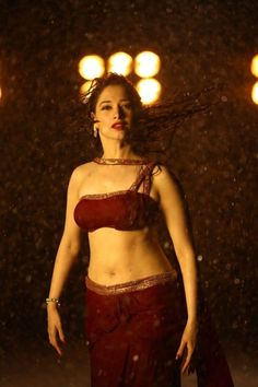 Indian Film Actress, Bollywood Actress, Dark Red Blouse, Girls In Mini Skirts, Tamana, Actresses, South Indian Actress, Celebrity Pictures, Low Waist Saree