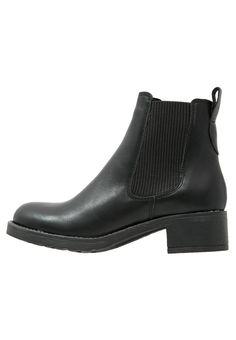 bestil Pavement CHRISTINA - Ankelstøvler - black til kr 899,00 (15-11-16). Køb hos Zalando og få gratis levering.
