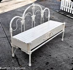 Cool way to repurpose an iron bed frame