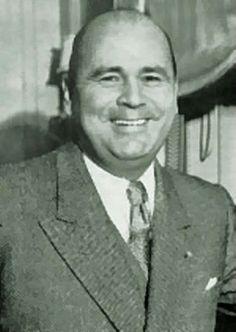 Isaias Medina Angarita Profesión: Militar Elegido por el congreso nacional Período de gobierno: 1941-18 Oct 1945 Es derrocado en un golpe de estado.