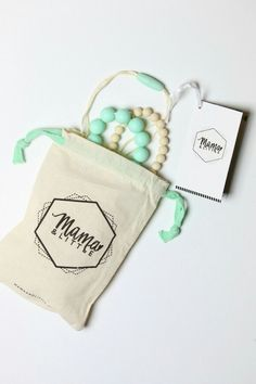 Teething necklaces from Mama & Little.