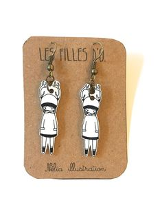 """Boucles d'oreille """"Fille d'O"""", shrink plastic, plastique fou, homemade. Dog Tags, Dog Tag Necklace, Personalized Items, Vintage, Etsy, Illustration, Jewelry, Unique Jewelry, Objects"""
