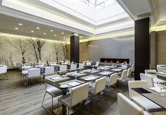 Nuestro #hoteladaptado para personas con discapacidad en #Madrid, cuenta con un restaurante amplio y lleno de luz natural.