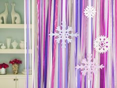 Use Lavender Ribbon for a DIY Holiday Photo Backdrop
