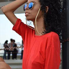✨Lançamento da Coleção Minimal✨ (@beathrizalmeida_)  #instagram #salvaoculos #oculos #style #moda #look #photo #photograpy #pose #model #modelo #brasil #brazil #moda #tendencia #2017 #love #fashion #model #work #beauty #shooting #lookbook #makeup #hair #curly #perfectcurls #eyes