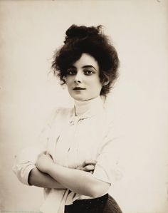 American stage and film actress of the early silent film era, Marie Doro, 1902 (via the Library of Congress)