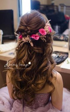 First-Rate Indian Hairstyles Ideas - 4 Brilliant Hacks: Boho Hairstyles Peinados light fringe hairstyles.Updos Hairstyle For Medium Hair - # indian Hairstyles Haircuts For Long Hair, Teen Hairstyles, Bride Hairstyles, Hairstyles With Bangs, Black Hairstyles, Everyday Hairstyles, Hairstyles Pictures, Party Hairstyles, Formal Hairstyles
