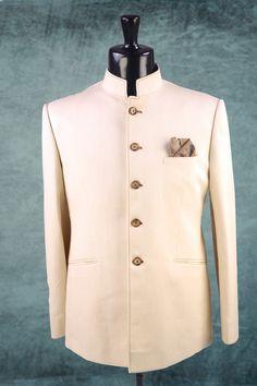 White plain falling fabric suit in chinese Mens Indian Wear, Indian Men Fashion, Wedding Dress Men, Wedding Suits, Groom Wear, Groom Attire, Suit Fashion, Mens Fashion, African Wear Styles For Men