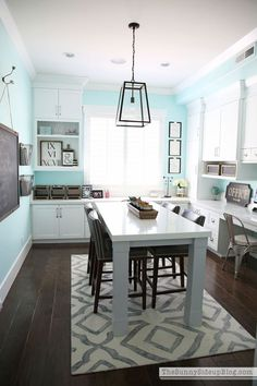 Home Office Craft Room - Bing images Home Office Design, Home Office Decor, Home Decor, Office Style, Interior Office, Office Designs, Interior Modern, Kitchen Interior, House Design