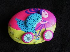Fun rock(s)  Now how cute is this and the idea opens new paths of thinking for my tunnel vision ideas!