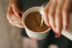 Image uploaded by Find images and videos about photography, vintage and aesthetic on We Heart It - the app to get lost in what you love. Coffee Break, Coffee Time, Tea Time, Coffee Is Life, Coffee Shop, Cozy Coffee, Aesthetic Food, Aesthetic Dark, Film Photography