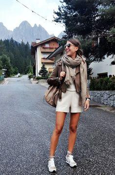 mountain outfit, mountain fashion, autumn, fall outfit