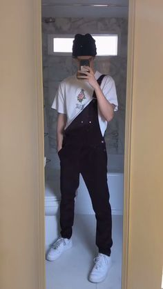 Vintage Style Fashion Men Guys 28 New Ideas Retro Outfits, Grunge Outfits, Trendy Outfits, Fashion Outfits, Overalls Fashion, Fashion Styles, Style Fashion, Aesthetic Fashion, Aesthetic Clothes