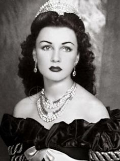 Fawzia Fuad, princesa do Irã e rainha do Egito, 1939.