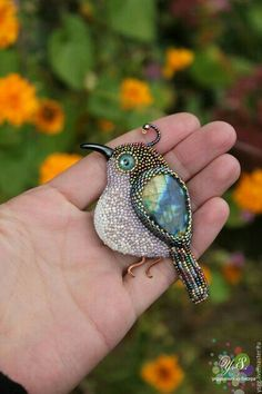 "Brooch ""Little Bird"" made by Yulia Slepchenko. Bead Embroidery Jewelry, Fabric Jewelry, Beaded Embroidery, Jewelry Art, Beaded Jewelry, Embroidered Bird, Jewellery, Embroidery Alphabet, Beaded Animals"