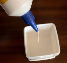 Sigue estas instrucciones para preparar una masa que te permitirá remover la suciedad acumulada en sitios difíciles de alcanzar.