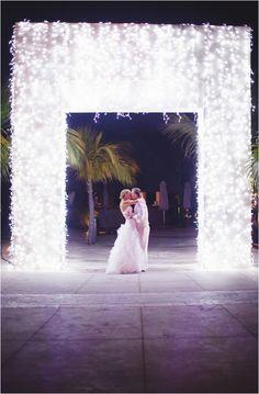 Le Magnifique Blog: Cancun, Mexico Destination Wedding by Laura Goldenberger Photography