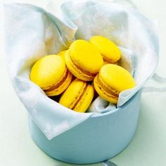 recipe macaroons, macaroon recipe lemon macaroons recipe original Macarons, Lemon Macaroons, No Bake Desserts, Dessert Recipes, Macaroon Recipes, High Tea, Soul Food, Sweet Recipes, Sweet Tooth