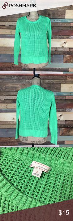 "Gap Bright Green Crochet Netted Sweater - S Gap Bright Green Crochet Netted Sweater - S // Bust: 20"" laying flat // Length: 21"" GAP Sweaters Crew & Scoop Necks"