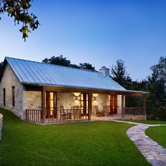 Hill Country Retreat, TX