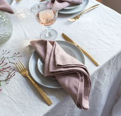10 Splendid Wedding Napkins I Do