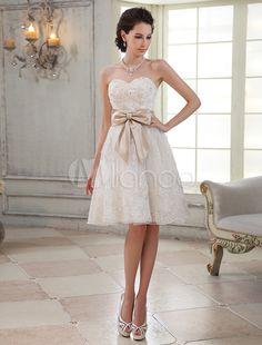 Vestido de novia de encaje de color marfil con escote de corazón de estilo moderno - Milanoo.com. 130€ como vestido corto de los mas bonitos q he visto
