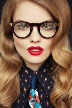102 meilleures images du tableau Lunettes originales   Sunglasses ... 0507d290fa3