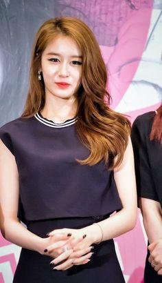 T Ara Jiyeon, Korean Star, Korean Beauty, Chinese, Park, Parks, Chinese Language