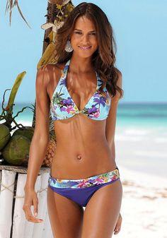 Bikinis von LASCANA. In trendigem Design und Farbmix.  Im Nacken zu binden im Rücken zu schließen. Bikini leicht gefüttert.  Supersofte Microfaser aus 86% Polyamid, 14% Elasthan. Futter: 100% Polyamid....