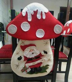 Gladys Fernandez Vitovis's 702 media content and analytics Christmas Elf Doll, Etsy Christmas, Vintage Christmas, Handmade Christmas Decorations, Diy Christmas Ornaments, Christmas Stockings, Wood Reindeer, Reindeer Craft, Christmas Chair Covers