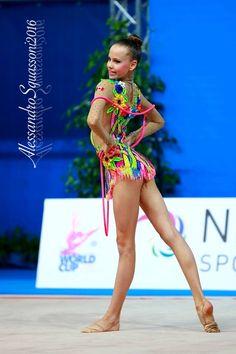 Diana Noskova (Canada), World Cup (Pesaro, Italy) 2016