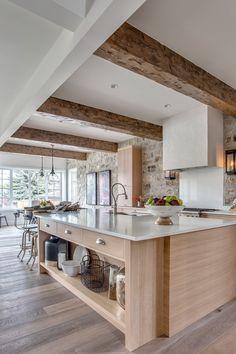 White Oak Kitchen, Stone Kitchen, Neutral Kitchen, Beautiful Kitchens, Cool Kitchens, Wooden Kitchens, Kitchen Design, Kitchen Decor, Casa Loft