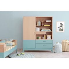 Awesome Horizon wardrobe. 3 in 1! Dresser, wardrobe & bookshelf! Fall in ❤️! #tropicalgreen #nobodinozfurniture #woodenfurniture #designforkids #kids #deco