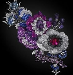 Jewelry Masterpiece. Carnet by Michelle Ong. Hong Kong.