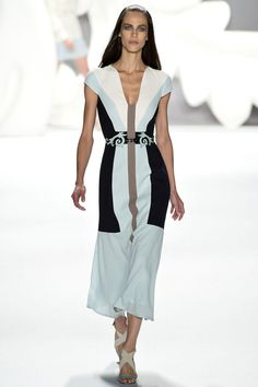 Carolina Herrera Spring 2013 Ready-to-Wear Fashion Show - Aymeline Valade