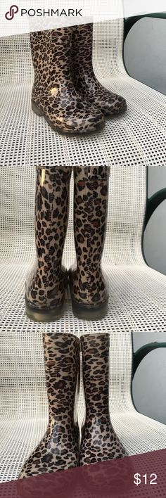 Copelli girls waterproof leopard boots Very cute boots, molded synthetic boots lined with animal print. Gently worn, no scuffs,cracks or holes. EUC Copelli Shoes Rain & Snow Boots