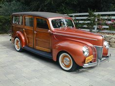 1940 Ford Deluxe Woodie Station Wagon
