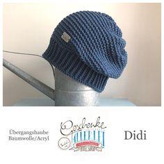 Tunella's Geschenkeallerlei präsentiert: das ist Didi, eine geniale gehäkelte Haube/Mütze aus einer Baumwolle/Acryl-Mischung - Du kannst dich warm anziehen, dank sorgfältigem Entwurf, liebevoller Handarbeit und deinem fantastischen Geschmack wirst du umwerfend aussehen. #TunellasGeschenkeallerlei #Häkelei #drumherum #Beanie #Haube #Mütze #handgemacht #Geschenk #Didi