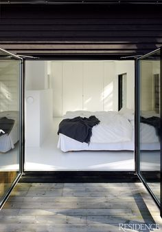 Villa Wallin by Erik Andersson Architects - Nordic Design Home Bedroom, Master Bedroom, Bedroom Decor, Design Bedroom, Interior Exterior, Interior Architecture, Exterior Doors, Villa, Interior Minimalista