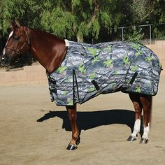 Equisential 600D Turnout Winter Blanket in Camo.